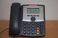 La connexion s'établit : tous les voyants du téléphone s'allument.